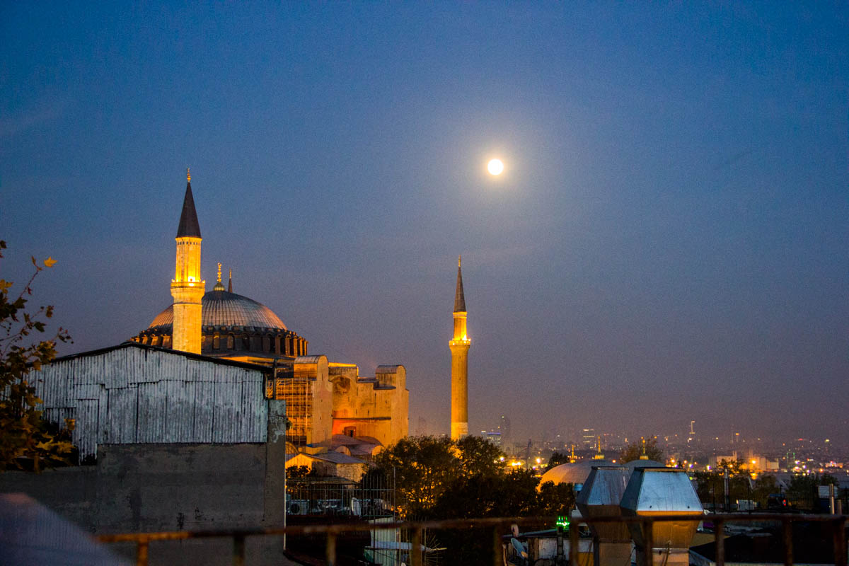 Evening views over the Aya Sophia